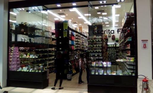 Conheça a nova loja Escrita Fina, em nossa praça de eventos.